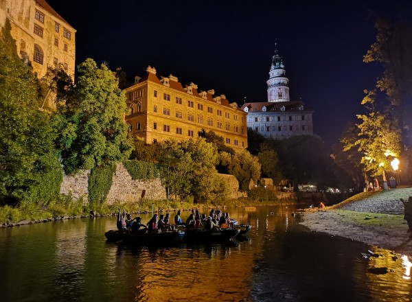 Night rafting in Český Krumlov with an instructor